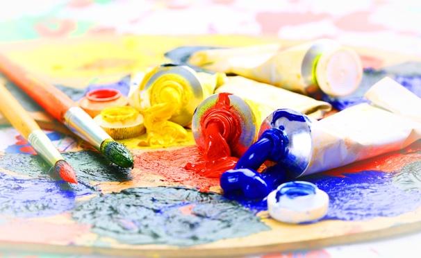 Педагог дополнительно образования в области живописи и рисунка